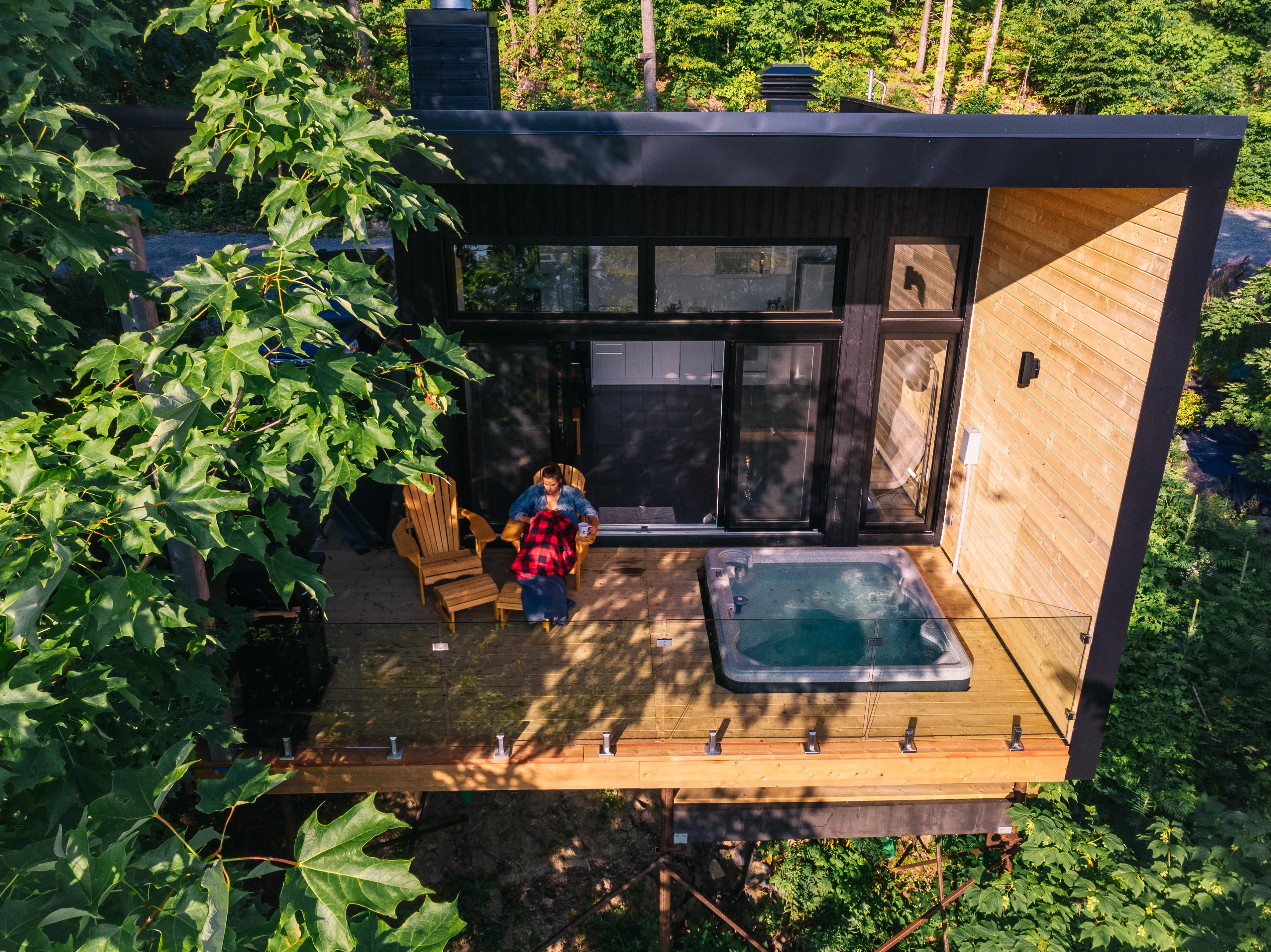 Mini Chalet En Bois tiny cottages for rent - val-des-monts | hom mini cottages